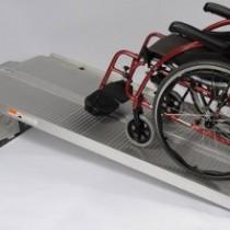 Rampe d'accès handicapé erp - Tous fauteuils roulants manuels, électriques et aux scooters